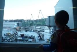 Z przedszkolakiem w długi lot – Jak dobrze się przygotować