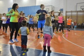 Zumba dla dzieci – po charytatywnym mikołajkowym maratonie