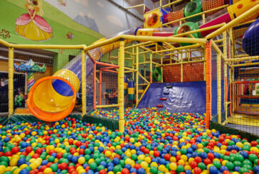 """Centrum Zabaw dla dzieci """"Fantazja"""" w Hali Podpromie"""