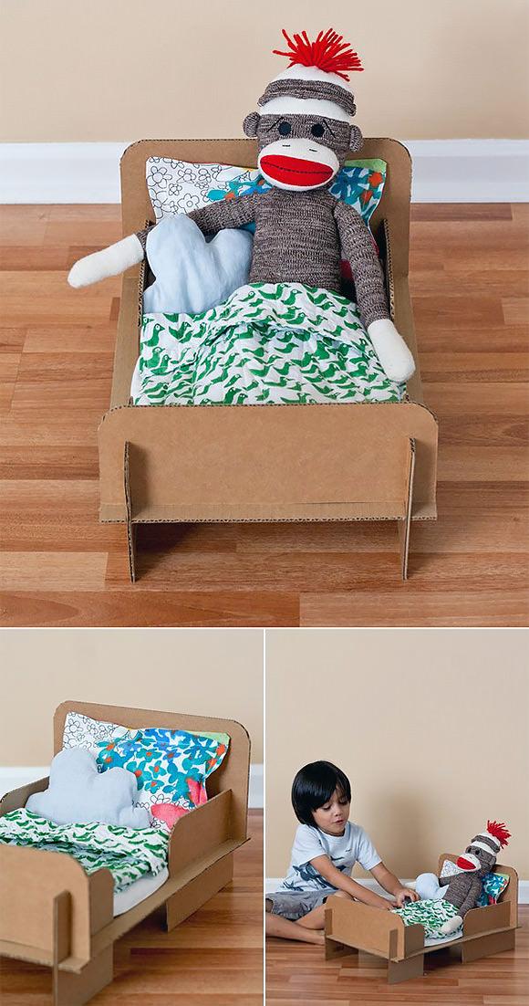 http://www.ambrosiagirl.com/blog/diy-cardboard-be/