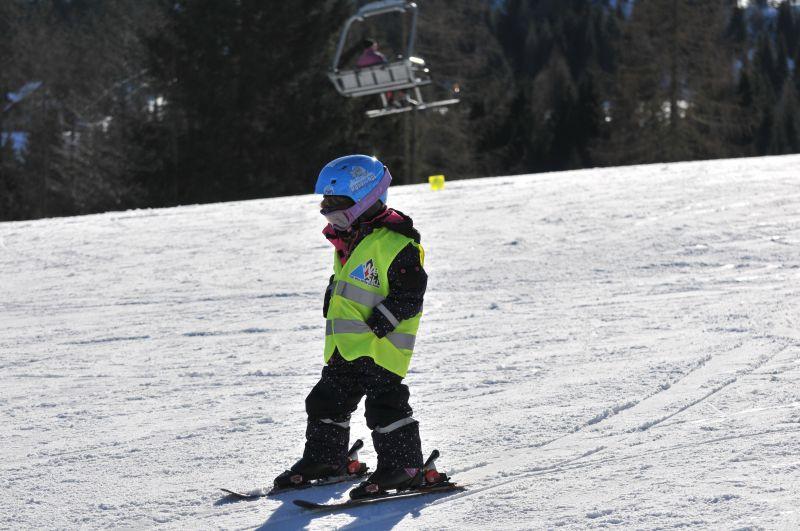 Na nartach można postawić nawet 2-latka