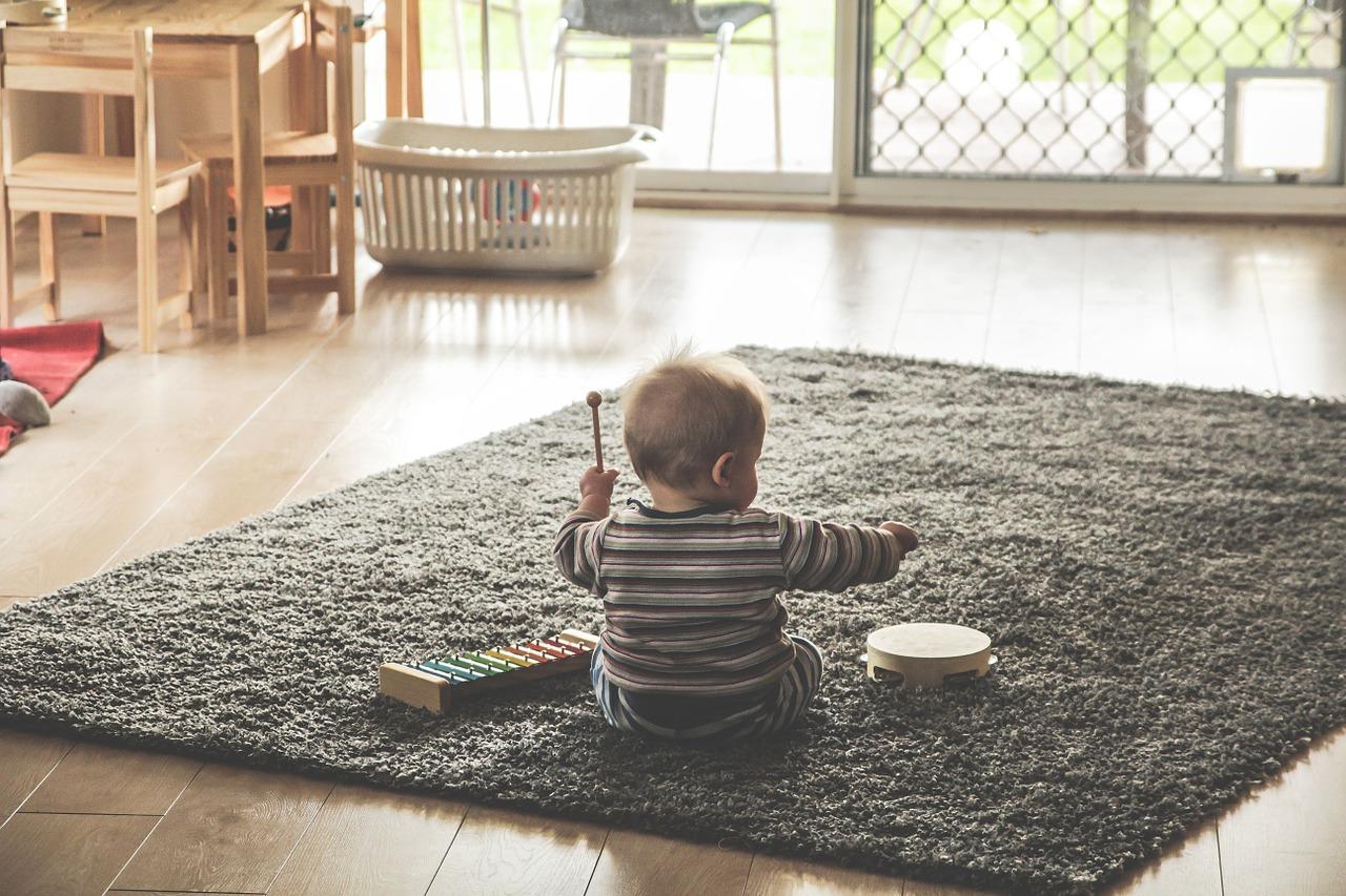 Jak rozwijają się zmysły u dziecka?