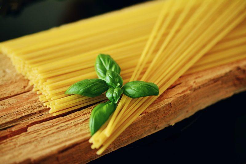 Spaghetti i bazylia