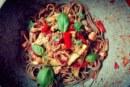 Spaghetti z polędwicą i warzywami